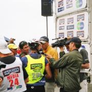 chief enthusiast john mckenzie interviews Speight's Coast to Coast One day mens winner Richard Ussher from Queenstown amongst a bit of a media frenzy for Sky Sport live television coverage.    © enthuse